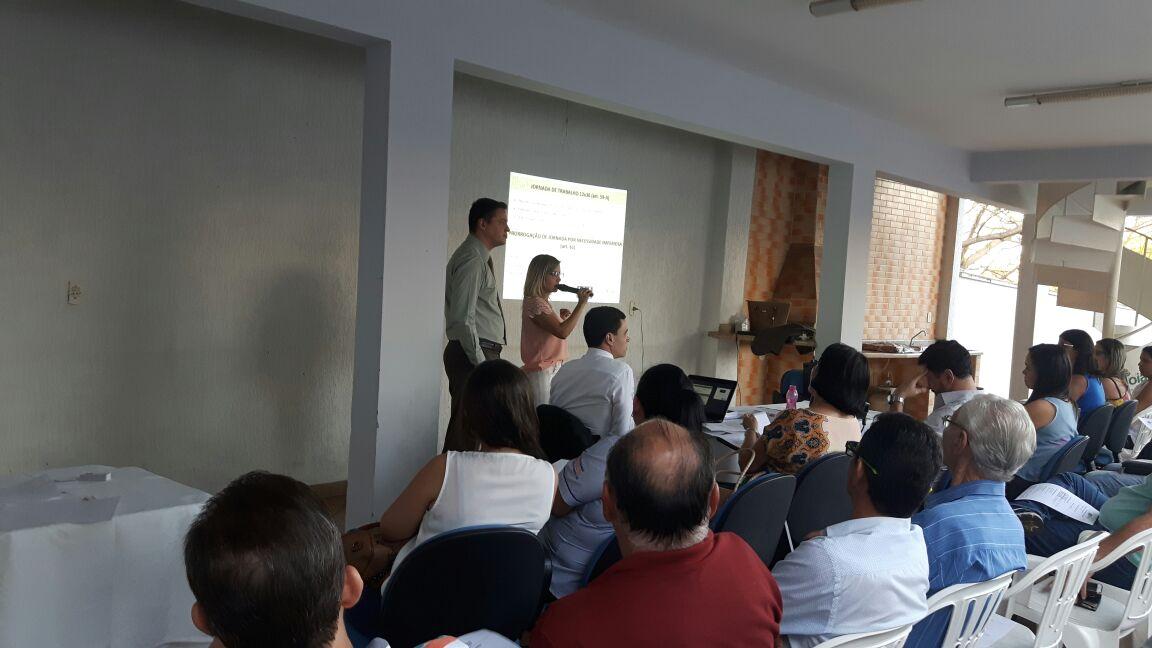 A CDL  realizou no dia 31/08 uma reunião para os associados gratuita !